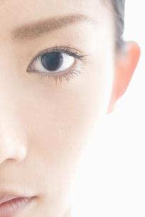 女性 瞳アップの素材 [FYI00993778]