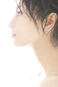 20代日本人女性のビューティーの素材 [FYI00993889]