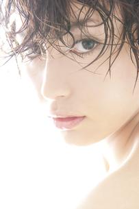 20代日本人女性のビューティーの素材 [FYI00993957]