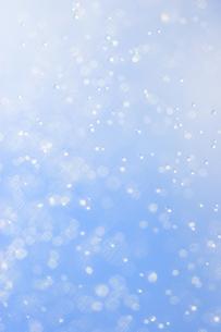 空と水しぶきの素材 [FYI01003423]