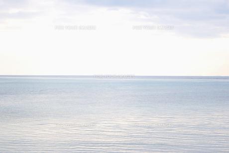 穏やかな海の素材 [FYI01003441]
