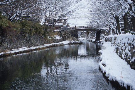 八幡堀の雪景色の素材 [FYI01011957]