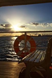 神戸港の夕日の素材 [FYI01018205]