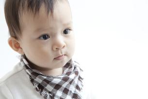 幼い男の子のポートレートの素材 [FYI01020107]
