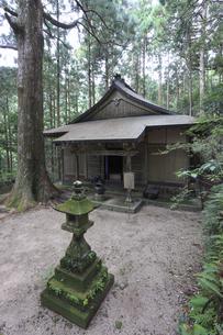 妙法山阿弥陀寺の太子堂の素材 [FYI01022053]
