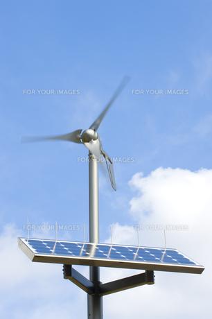 太陽光発電と風力発電の素材 [FYI01023367]