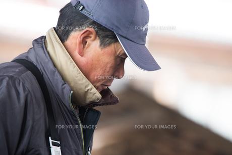 作業する漁師の素材 [FYI01030404]