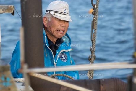 定置網漁の男性の素材 [FYI01030624]