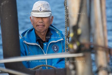 定置網漁の男性の素材 [FYI01030687]