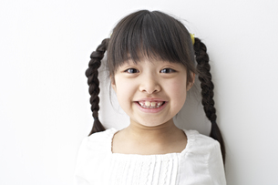 笑う少女の素材 [FYI01032168]