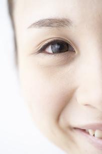 女性の瞳の素材 [FYI01032194]
