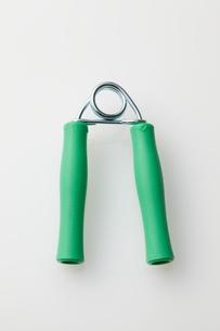 緑色のハンドグリッパーの素材 [FYI01032978]