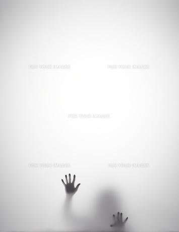 苦しそうなシルエットの素材 [FYI01033550]