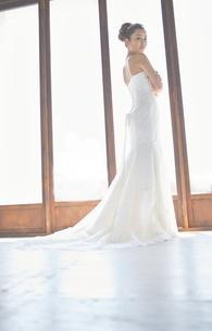 結婚式前の花嫁の素材 [FYI01034107]