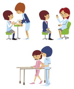 注射、診察、リハビリをする女子高生の素材 [FYI01040752]