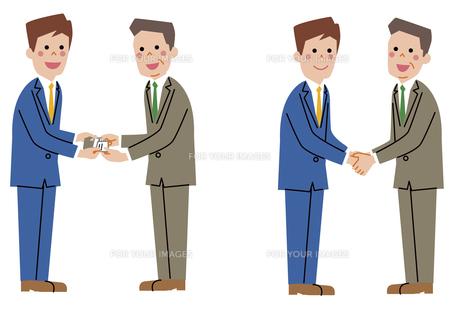 ビジネスシーン(名刺交換、握手)の素材 [FYI01040779]