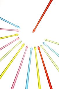 集中する矢印の素材 [FYI01042579]