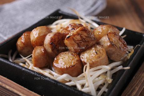 マルチョウ炙り焼きの素材 [FYI01046145]
