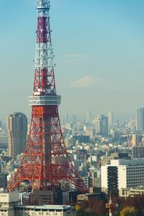 ハートマークの東京タワーと富士山のクローズアップの素材 [FYI01049519]