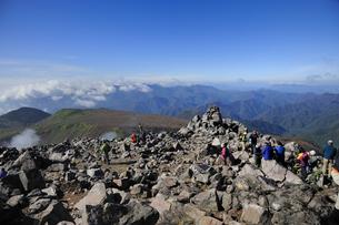 那須茶臼岳山頂からの展望の素材 [FYI01072064]