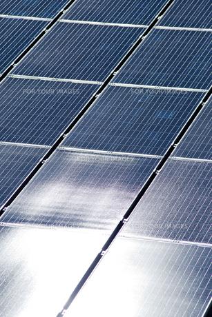 太陽光発電パネルの素材 [FYI01079738]