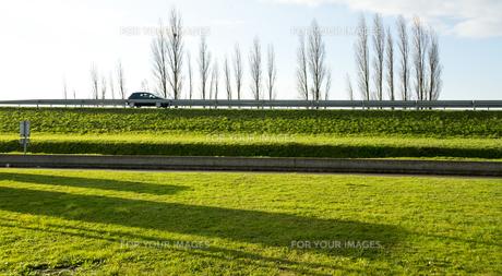 緑豊かな田舎の景色の素材 [FYI01080297]