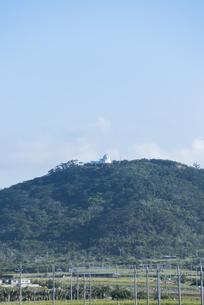 前勢岳山頂に建つ石垣島天文台の素材 [FYI01080521]