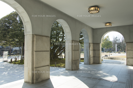 石川県政記念しいのき迎賓館アーチ状のエントランスの素材 [FYI01080539]