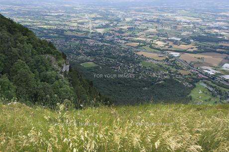 スイス ジュネーブ近郊 フランス側サレブ山頂の素材 [FYI01082429]