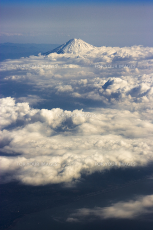 富士山 空撮の素材 [FYI01082727]
