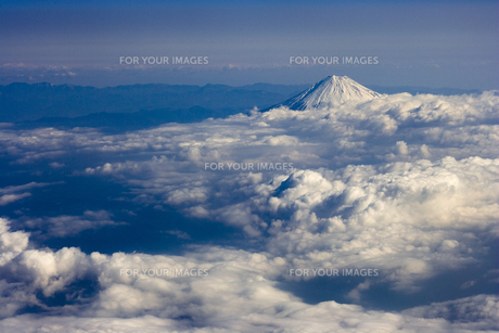 富士山 空撮の素材 [FYI01082761]