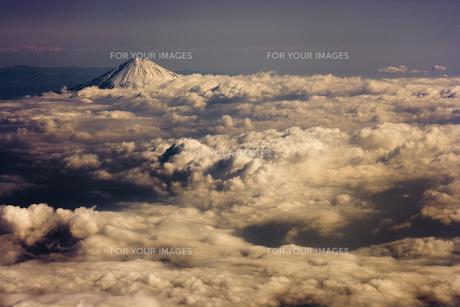 富士山 空撮の素材 [FYI01082815]