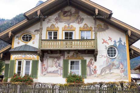 壁絵の町 オーバーアマガウの素材 [FYI01091615]
