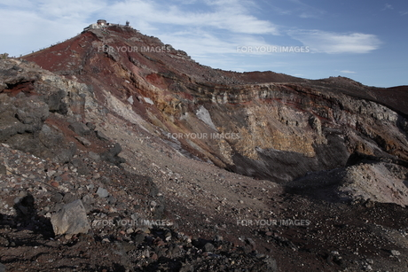 富士山頂噴火口と剣が峰の素材 [FYI01096447]