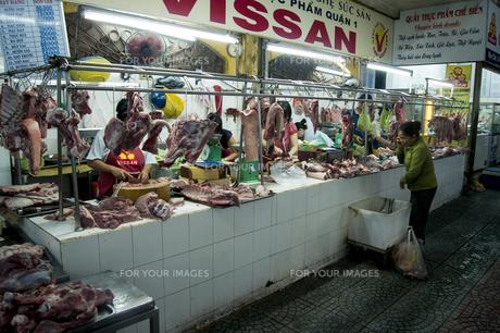 ベンタン 市場 場内 肉やの素材 [FYI01107548]