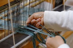 機織り作業の素材 [FYI01108949]