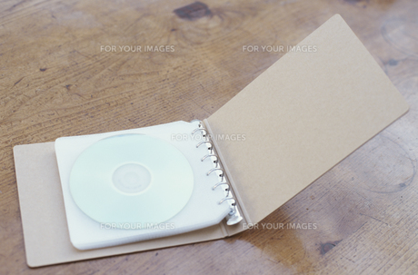CDケースの素材 [FYI01121682]