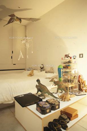 恐竜のおもちゃがある子供部屋の素材 [FYI01122850]