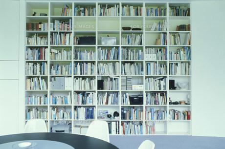 大きな本棚の素材 [FYI01122879]