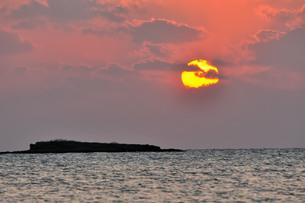 日の入りの写真素材 [FYI01132219]