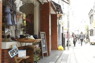 教会通り商店街の素材 [FYI01134659]