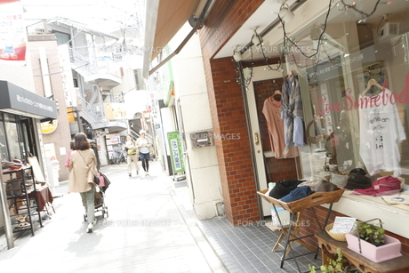 教会通り商店街の素材 [FYI01134663]