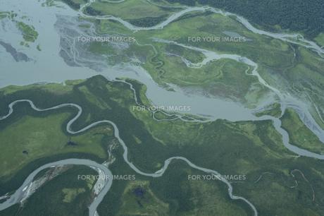 上空から見た川の流れの素材 [FYI01144871]