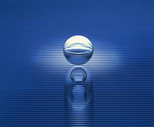 クリスタルの球体の素材 [FYI01145103]