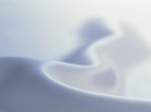 光沢のある布のしわの素材 [FYI01145923]