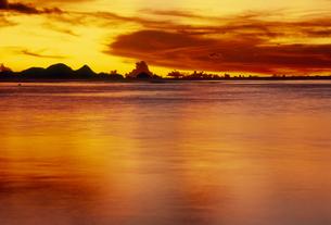 夕景の海の素材 [FYI01146014]
