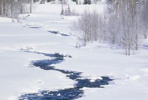 凍った川の素材 [FYI01146043]