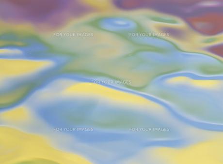 水面に映った色彩の素材 [FYI01146064]