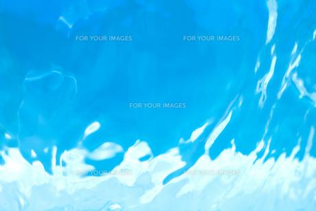流れる水の表面の素材 [FYI01146575]