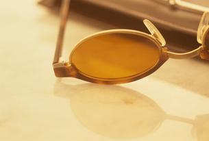 メガネの素材 [FYI01146650]